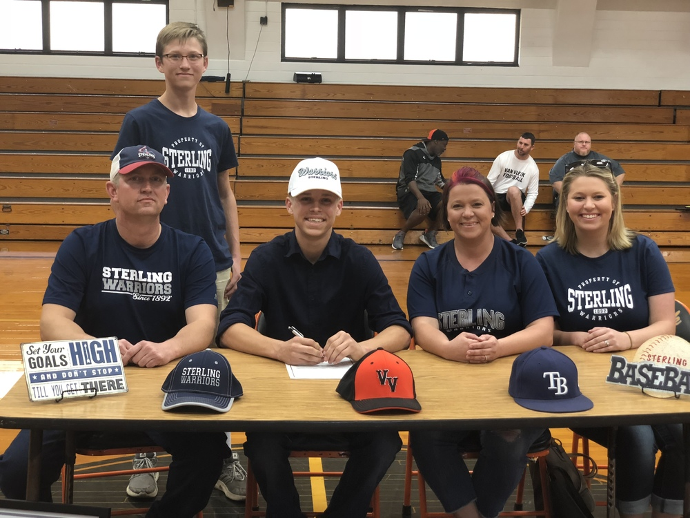 Congratulations to Camryn Wleczyk for signing with Sterling College to play baseball.